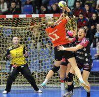 Nantes seem invincible; Metzingen claim important win against Lada