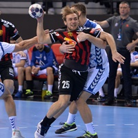 Top spot dogfight continues as Vardar visit Szeged