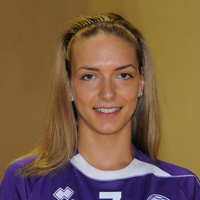 Jasna Tošković on her way to Issy Paris Handball