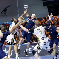 Kiel complete double over PSG, comeback brings Metalurg their first win