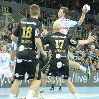 Kiel beat Zagreb to book Last 16 berth