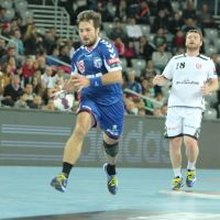 Zagreb stay on course for knockout stage berth