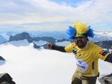 Ein Bergsteiger sichert sich Tickets fürs VELUX EHF FINAL4