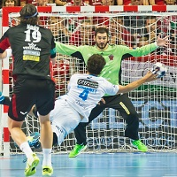 Relentless Montpellier keep hopes alive in Veszprém