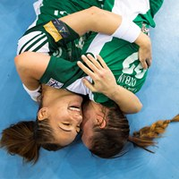 Photo presentation of women's handball