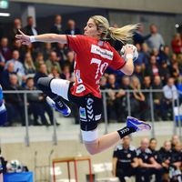 Outstanding back court takes Esbjerg to top of Group D