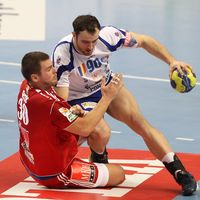 Velenje win hunter's duel, while Veszprém and Kielce keep clean sweep