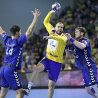 Kielce start title defence as Balkan rivals clash
