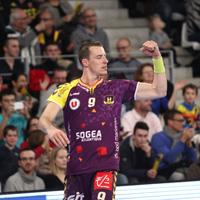 Nantes edge closer to first place
