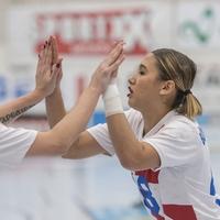 Decisive weekend ahead in Women's Challenge Cup