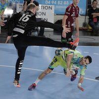 Saint-Raphael fend off shock loss