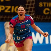 Metzingen win but give away bigger advantage